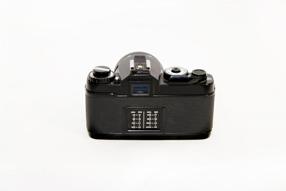 Analogfotografie-Kamera-Revueflex-AC2-Rückseite